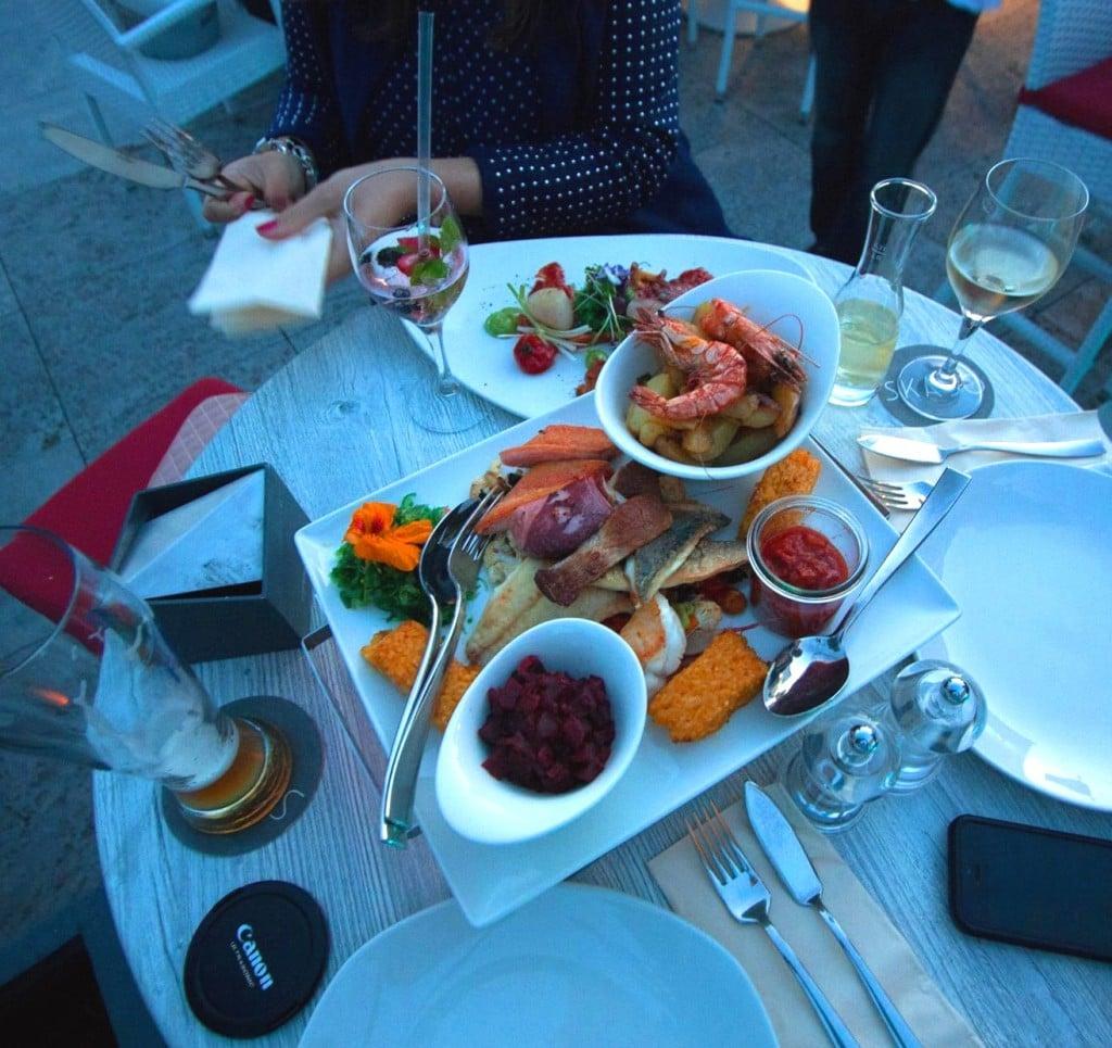 cs-creativestyle-interactive-agency-munich-having-dinner-in-freiburg
